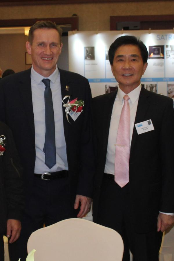 John Hooker and Richard Fung (right) CEO HKSTC